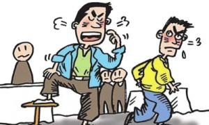 阆中男子因发型问题引发口角致人轻伤二级