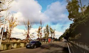 老观镇将新建3个停车场